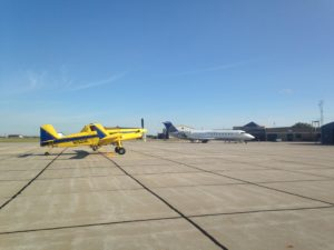 Cropduster and a United Jet share the ramp in Hays KS.
